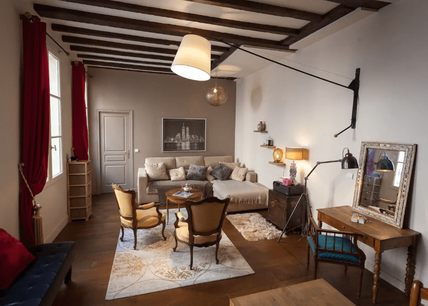 Airbnb in Canal St. Martin