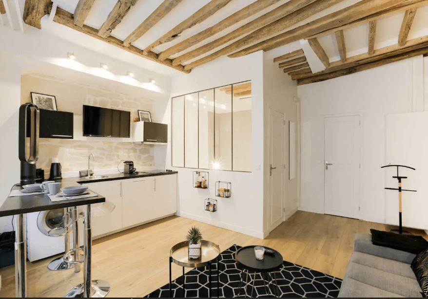 Airbnb in Latin Quarter